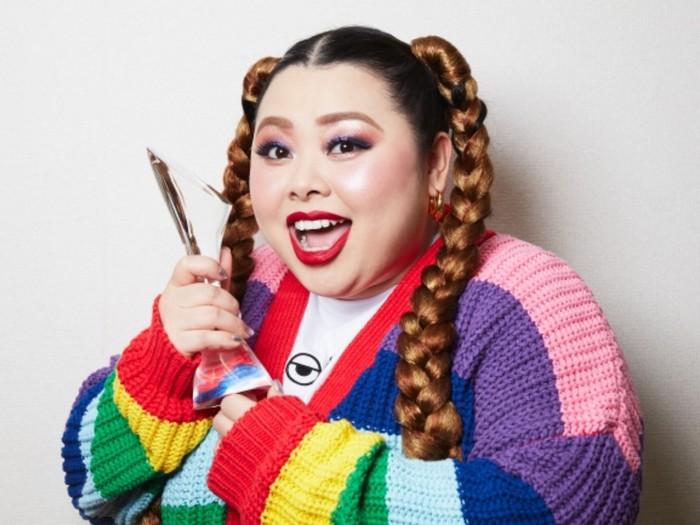 Giám đốc sáng tạo của Olympic Tokyo từ chức sau khi gọi nữ danh hài là Olympig, muốn cô mặc giống chú lợn màu hồng trong lễ khai mạc - Ảnh 2.