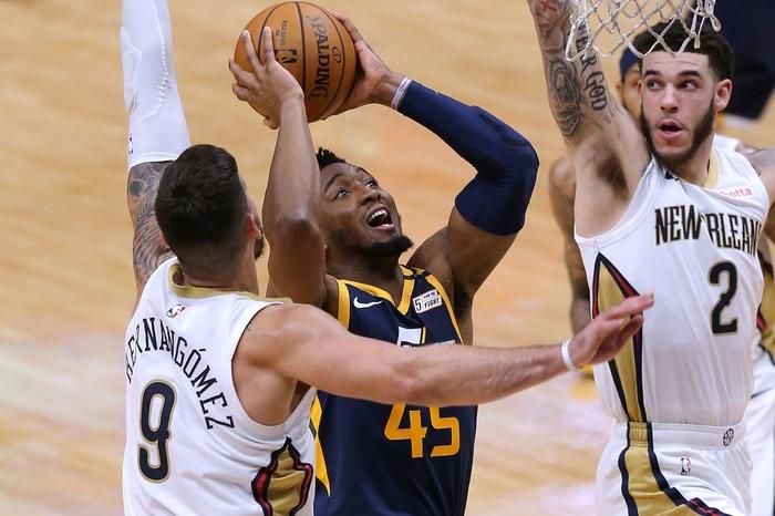 Big-3 trẻ tuổi tỏa sáng, New Orleans Pelicans thắng thuyết phục Utah Jazz - Ảnh 1.