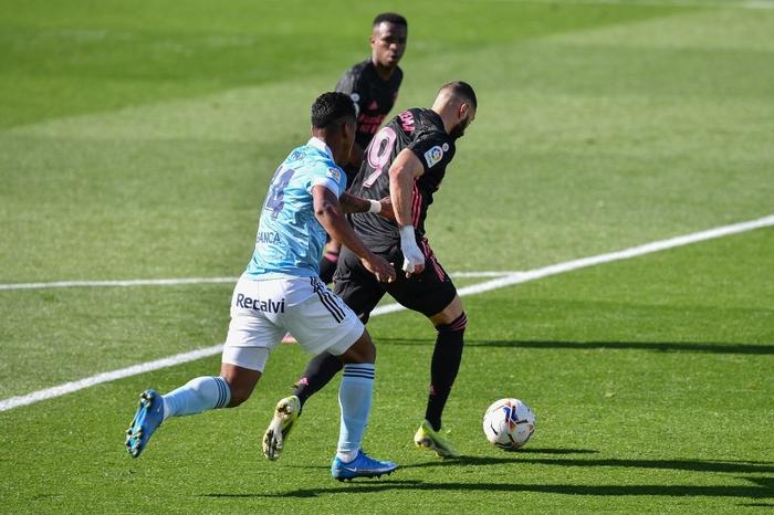 Benzema lập cú đúp, Real Madrid nhọc nhằn tiến sát ngôi đầu La Liga - Ảnh 4.