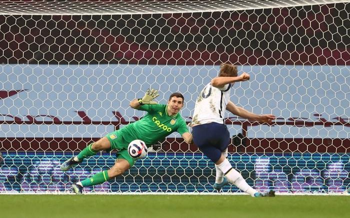 Harry Kane nổ súng giúp Tottenham đánh bại Aston Villa - Ảnh 10.