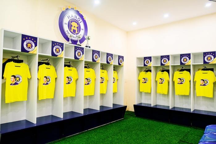 CLB Hà Nội có hành động đẹp với Hùng Dũng, khích lệ tinh thần trước trận đấu với Hồng Lĩnh Hà Tĩnh - Ảnh 6.