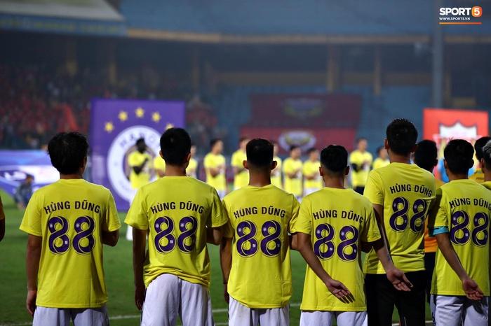 CLB Hà Nội có hành động đẹp với Hùng Dũng, khích lệ tinh thần trước trận đấu với Hồng Lĩnh Hà Tĩnh - Ảnh 2.
