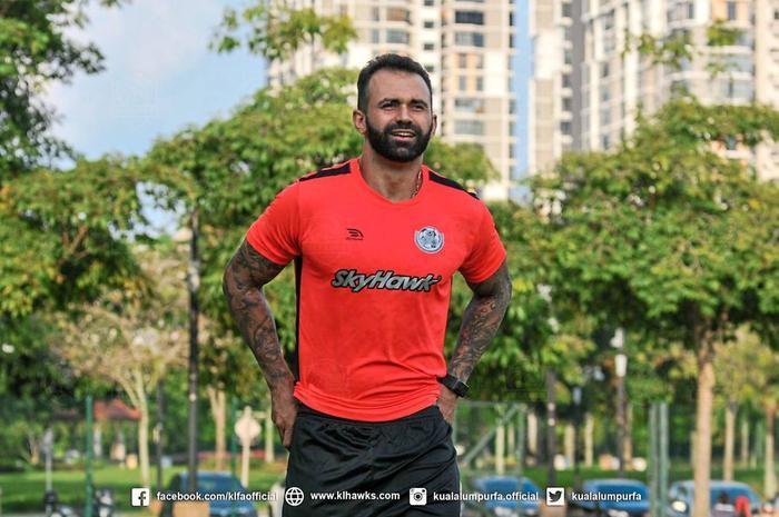 Đối thủ của tuyển Việt Nam nhập tịch tiền đạo Brazil được so sánh với Ibrahimovic - Ảnh 1.