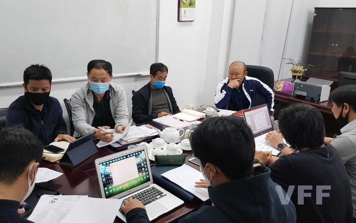 """Thái Lan thiếu tiền, HLV Park Hang-seo tìm ngay địa điểm """"giống"""" UAE để rèn quân cho vòng loại World Cup - Ảnh 1."""