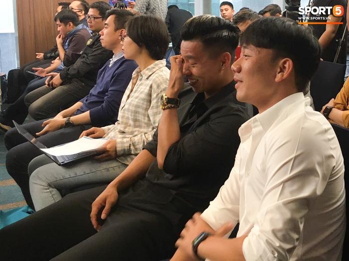 Xuân Trường mở trung tâm chữa chấn thương, Quang Hải, Văn Toàn bảnh bao đến chúc mừng - Ảnh 7.