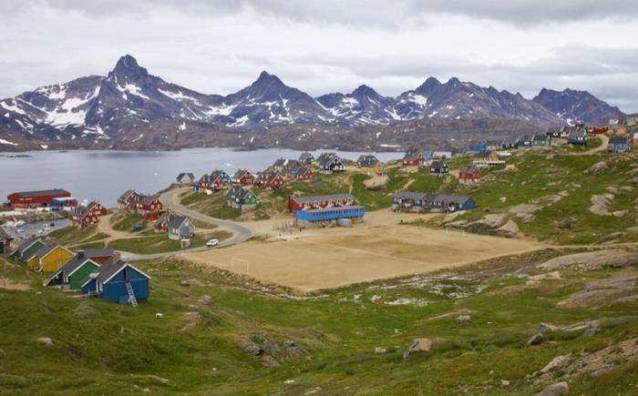 Lạ lùng giải bóng đá có 1-0-2 ở Vòng Bắc Cực: Vừa đá vừa ngắm cá voi, băng trôi - Ảnh 2.