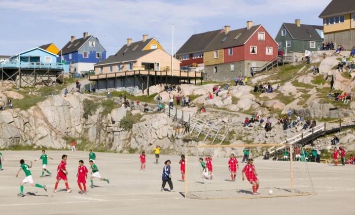Lạ lùng giải bóng đá có 1-0-2 ở Vòng Bắc Cực: Vừa đá vừa ngắm cá voi, băng trôi - Ảnh 4.