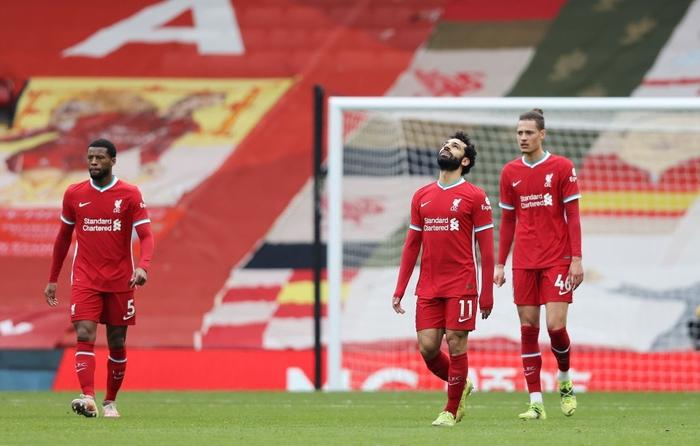 Thua đội cầm đèn đỏ trên sân nhà, Liverpool chìm sâu vào khủng hoảng - Ảnh 1.