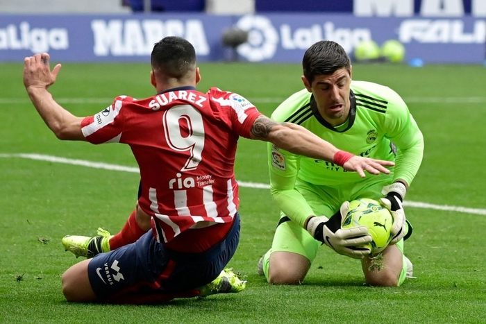 Hai số 9 cùng tỏa sáng, derby Madrid bất phân thắng bại - Ảnh 4.