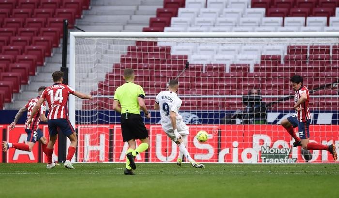 Hai số 9 cùng tỏa sáng, derby Madrid bất phân thắng bại - Ảnh 6.