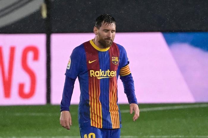 Messi thẫn thờ, nối dài chuỗi thất vọng kể từ ngày Ronaldo chia tay Siêu kinh điển - Ảnh 1.