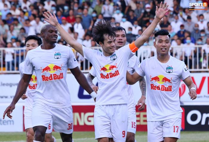 Công Phượng, Minh Vương rủ nhau lập siêu phẩm dập tắt Nam Định FC - Ảnh 7.