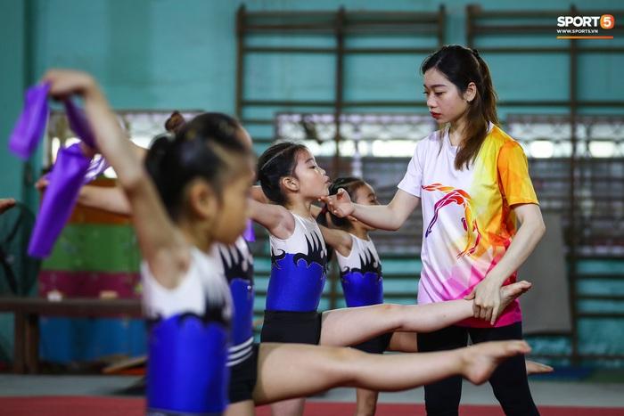 Từ Nữ hoàng thể dục dụng cụ đến cô giáo Hà Thanh: Tan chảy khi tụi nhỏ nói con yêu cô lắm! - Ảnh 8.