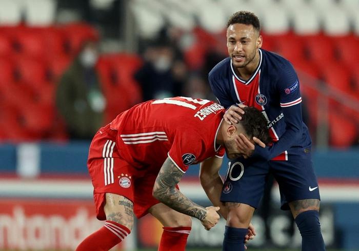 Cầu thủ đắt giá nhất thế giới gục đầu ôm mặt, xúc động không nói nên lời sau khi loại Bayern - Ảnh 5.