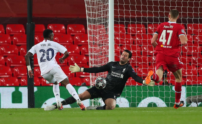 Salah chân gỗ, Liverpool bất lực để Real Madrid loại khỏi Champions League - Ảnh 9.