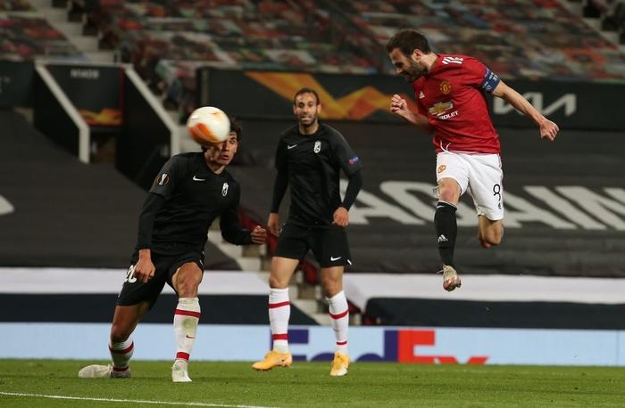 MU nhẹ nhàng vượt qua Granada, đại chiến AS Roma tại bán kết Europa League - Ảnh 7.