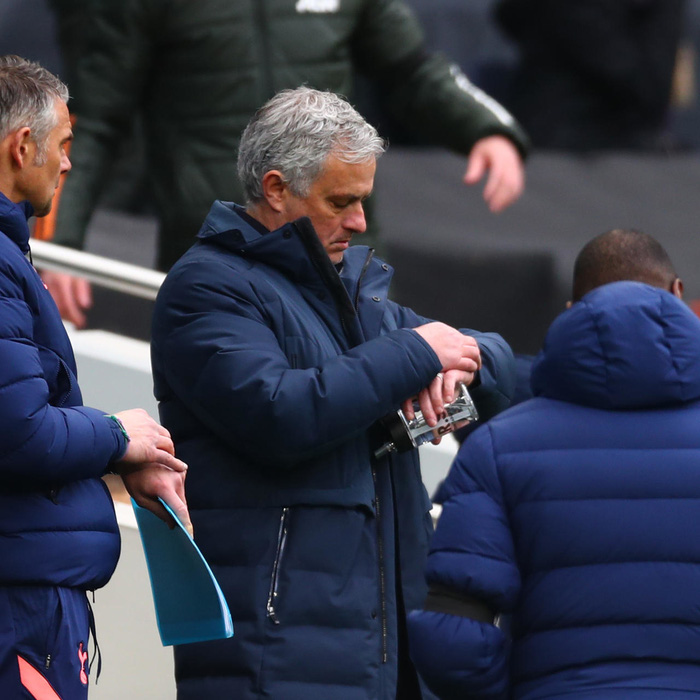 Paul Pogba bóc mẽ Mourinho và bi kịch của Người đặc biệt - Ảnh 2.