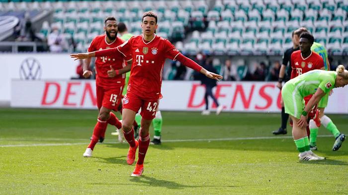 Sao trẻ tỏa sáng giúp Bayern Munich thắng sát nút - Ảnh 8.