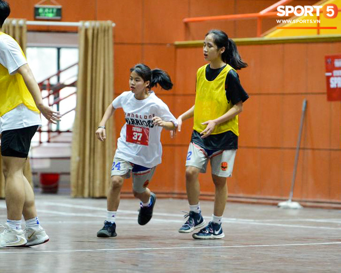 Cảm động câu chuyện bất chấp khó khăn dự try-out Thang Long Warriors của hai nữ cầu thủ nhí - ảnh 9