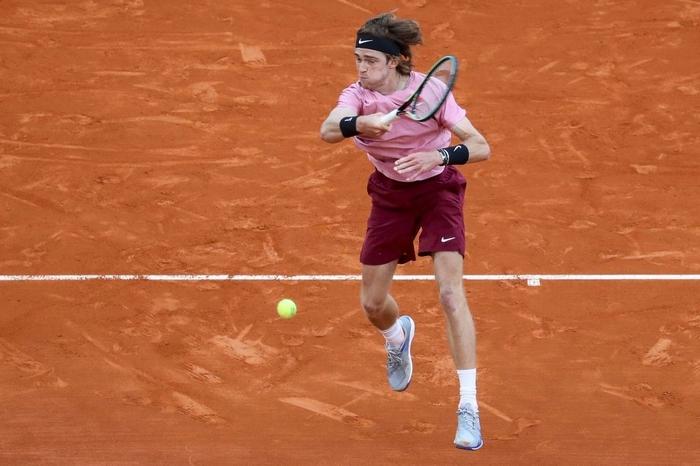 Nối bước Djokovic, Nadal bất ngờ dừng bước ở tứ kết Monte Carlo - Ảnh 5.