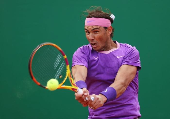 Nối bước Djokovic, Nadal bất ngờ dừng bước ở tứ kết Monte Carlo - Ảnh 7.