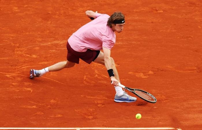 Nối bước Djokovic, Nadal bất ngờ dừng bước ở tứ kết Monte Carlo - Ảnh 8.