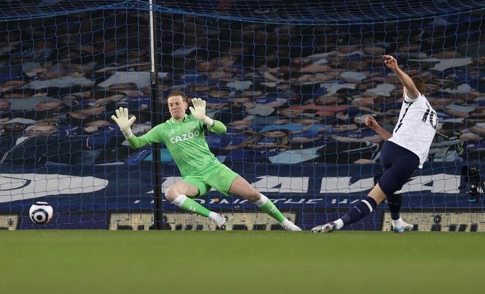 Rượt đuổi gay cấn, Tottenham chia điểm với Everton trong ngày Harry Kane lập cú đúp - Ảnh 2.