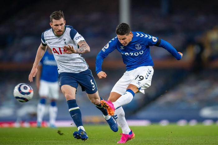 Rượt đuổi gay cấn, Tottenham chia điểm với Everton trong ngày Harry Kane lập cú đúp - Ảnh 4.