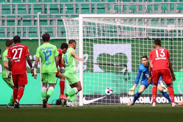 Sao trẻ tỏa sáng giúp Bayern Munich thắng sát nút - Ảnh 5.