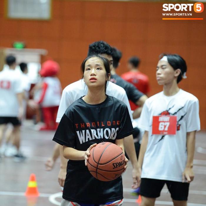 Cảm động câu chuyện bất chấp khó khăn dự try-out Thang Long Warriors của hai nữ cầu thủ nhí - ảnh 5