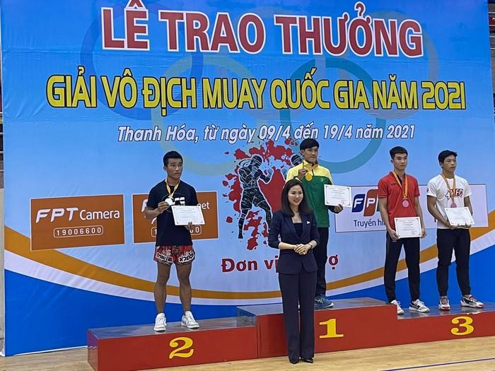Nguyễn Trần Duy Nhất, Trương Cao Minh Phát lên ngôi tại giải Muay VĐQG 2021 - Ảnh 1.