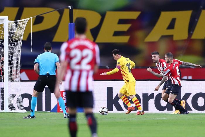 Bùng nổ ở hiệp 2, Barcelona dễ dàng vùi dập Bilbao để lên ngôi tại Cúp Nhà vua Tây Ban Nha - Ảnh 7.