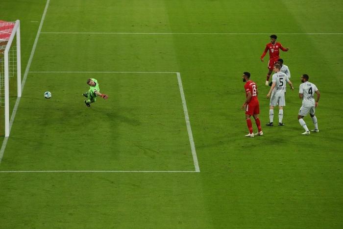 Bayern Munich băng băng về đích ở Bundesliga - Ảnh 4.