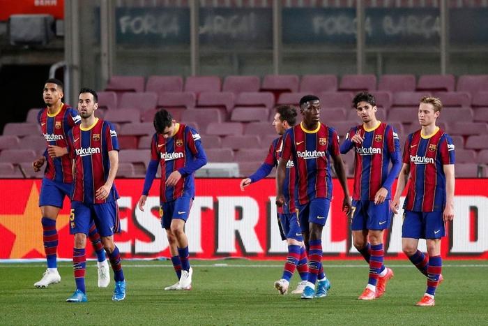 Messi tỏa sáng rực rỡ, Barca đại thắng 5-2 để tiếp tục cuộc đua tam mã La Liga - Ảnh 10.