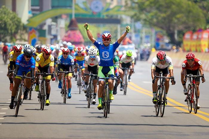 Lê Nguyệt Minh xuất sắc thắng chặng 17 Cúp Truyền hình TP. Hồ Chí Minh - Ảnh 7.