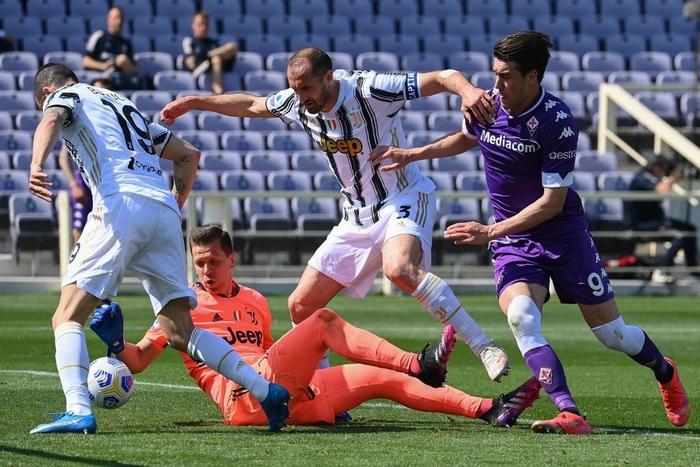 Ronaldo mờ nhạt, Juventus nhọc nhằn hòa Fiorentina - Ảnh 1.