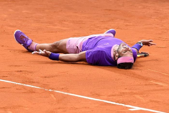 Rafael Nadal nghẹt thở vô địch Barcelona Open lần thứ 12 - Ảnh 1.