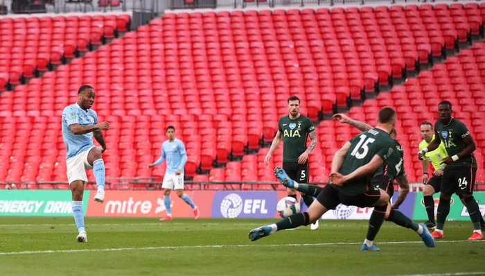 Man City đoạt chức vô địch đầu tiên mùa này nhờ khoảnh khắc tỏa sáng của cái tên bất ngờ - Ảnh 2.