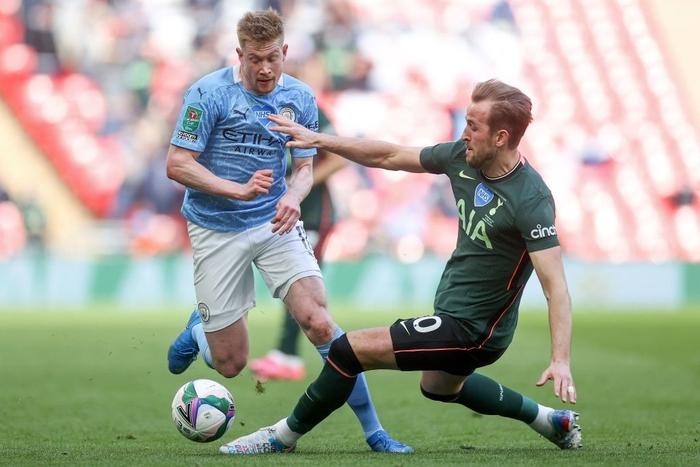 Man City đoạt chức vô địch đầu tiên mùa này nhờ khoảnh khắc tỏa sáng của cái tên bất ngờ - Ảnh 4.