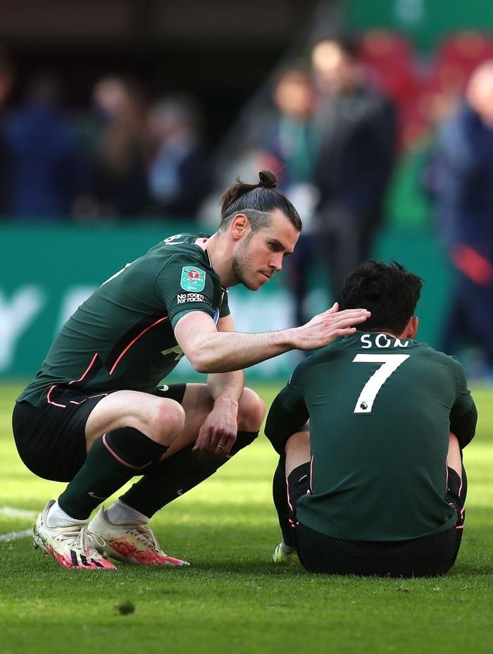 Son Heung-min khóc nức nở sau thất bại ở chung kết Cúp Liên đoàn Anh - Ảnh 5.