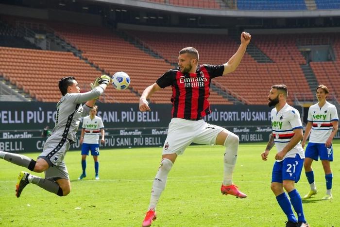 AC Milan thoát thua trên sân nhà - Ảnh 7.