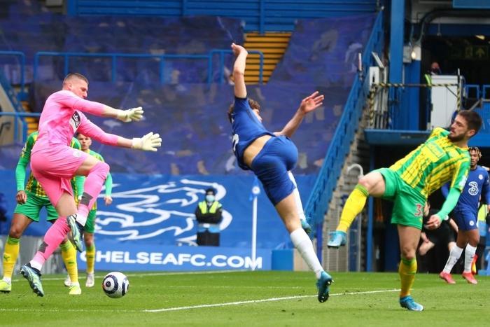 """Thiago Silva """"đi tắm"""" sớm, Chelsea thua tan nát trên sân nhà trước đội áp chót bảng - Ảnh 3."""