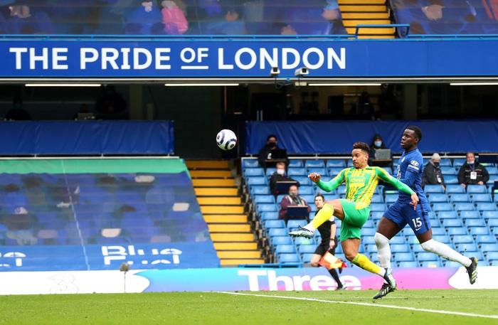 """Thiago Silva """"đi tắm"""" sớm, Chelsea thua tan nát trên sân nhà trước đội áp chót bảng - Ảnh 6."""