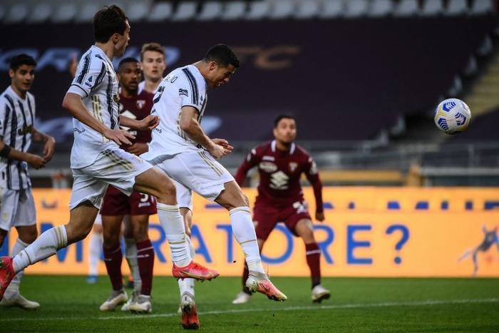 Hòa kịch tính tại derby thành Turin, Juventus giữ được vị trí trong top 4 - Ảnh 5.