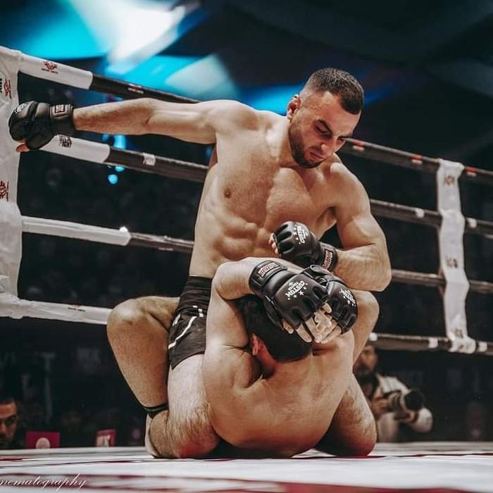 Hakobyan vừa có chiến thắng thuyết phục trước võ sĩ Bezki