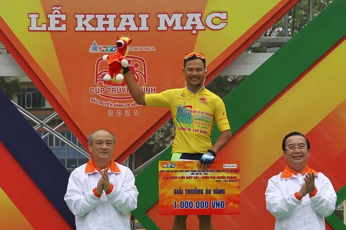 Cuộc so tài hấp dẫn vòng quanh thành phố Cao Bằng khai màn giải đua xe đạp Cúp Truyền hình TP.HCM 2021 - Ảnh 7.