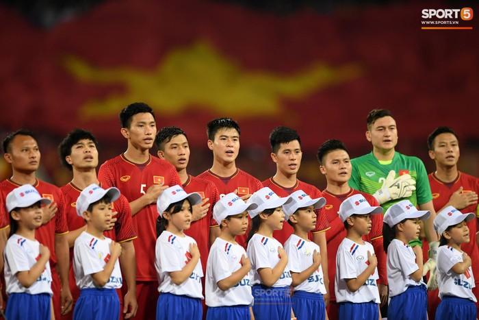 45 cầu thủ Đội tuyển Việt Nam sẽ tiêm vaccine Covid-19 muộn hơn so với dự kiến - Ảnh 1.