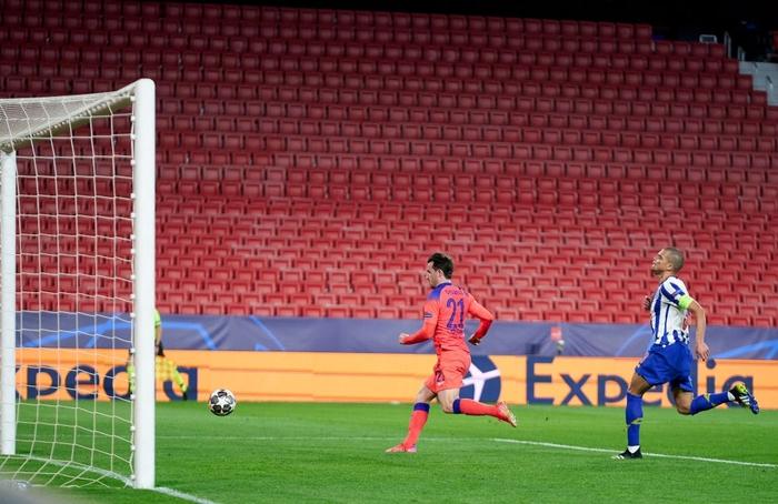 Chelsea nhấn chìm Porto ngay trên sân khách - Ảnh 7.