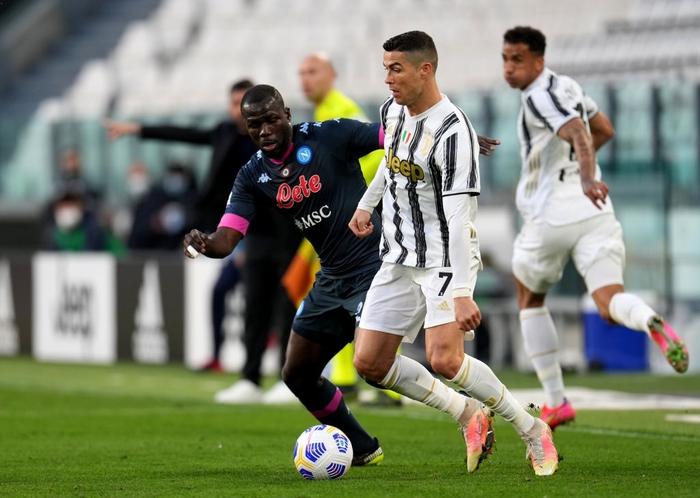Ronaldo và Dybala cùng nổ súng giúp Juventus thắng Napoli - Ảnh 3.