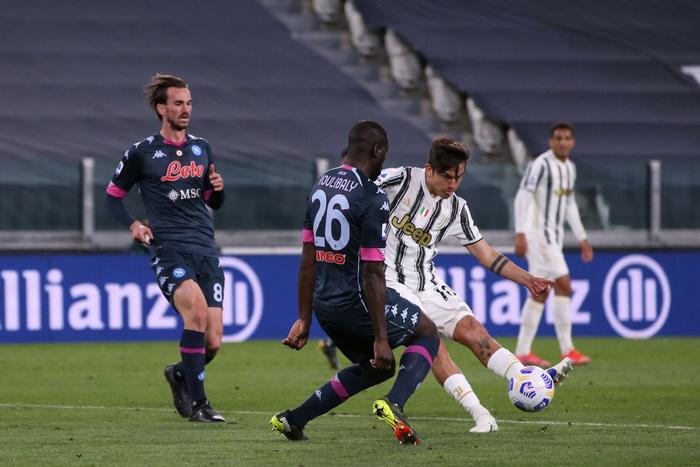 Ronaldo và Dybala cùng nổ súng giúp Juventus thắng Napoli - Ảnh 8.